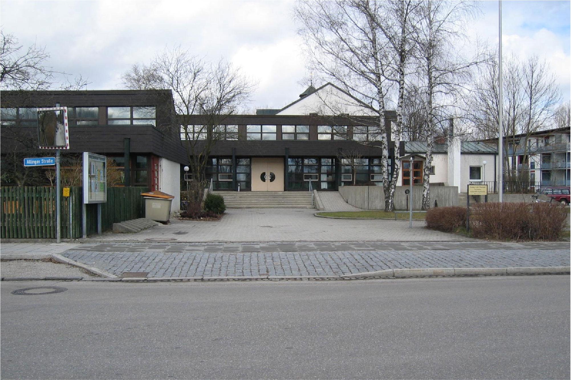 Innenarchitektur-München-Sanierung-Pfarramt-01-Vorher